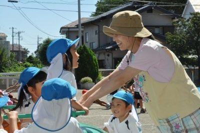 自由遊びの時間も大切にしているあたたかい雰囲気の幼稚園