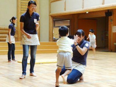 夏休みなど長期休み中は勤務がないため子供の幼稚園・学校に合わせて休められる幼稚園