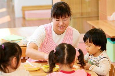 家庭的な雰囲気や遊び、食育活動も大切にしている社会福祉法人の認可保育園