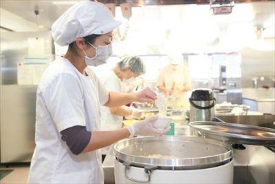集団調理や学校給食の調理未経験の方も安心&子育てや家事と両立できる認可保育園