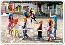 明るく子ども達も先生たちも活動的で元気な環境の幼稚園